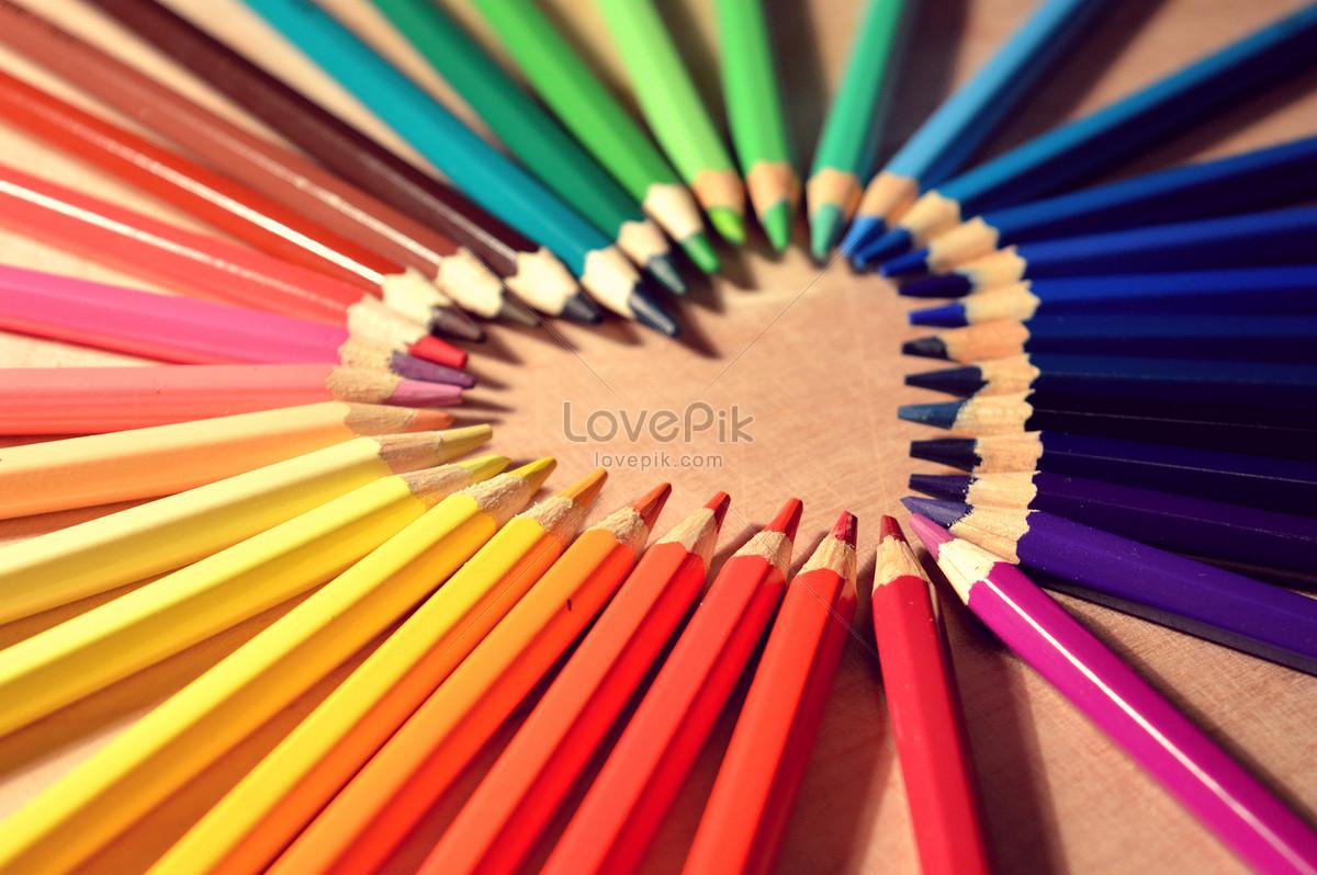 彩色蜡笔拼凑的心形图片素材编号143081_高清图片免费