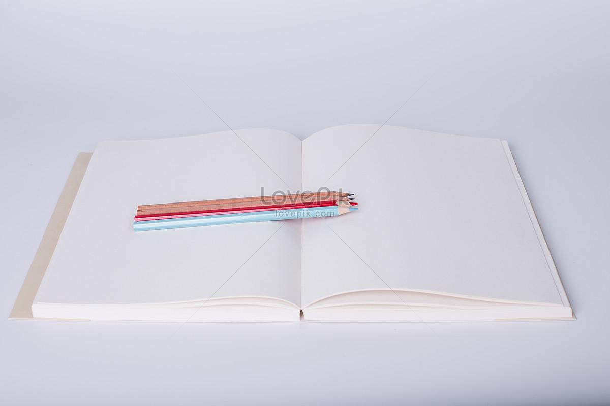 教育知识书本创意摆拍