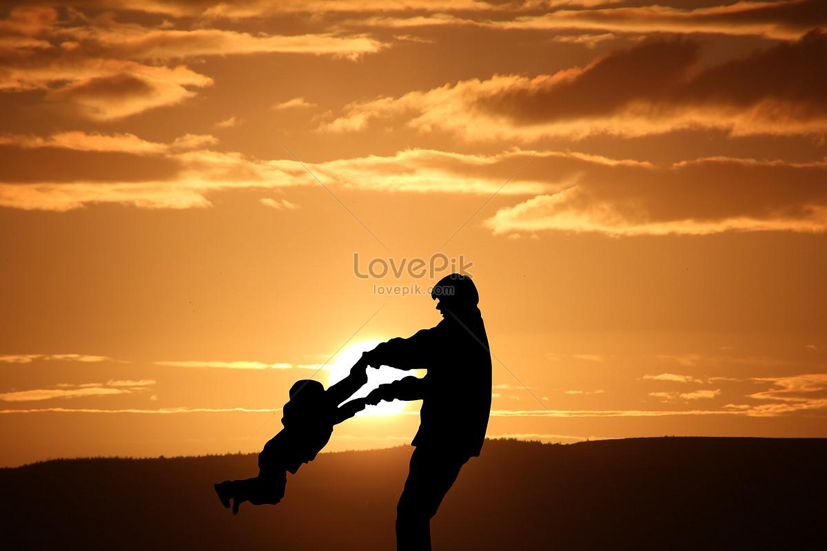 夕阳下的父子剪影图片素材编号500635215_prf高清图片