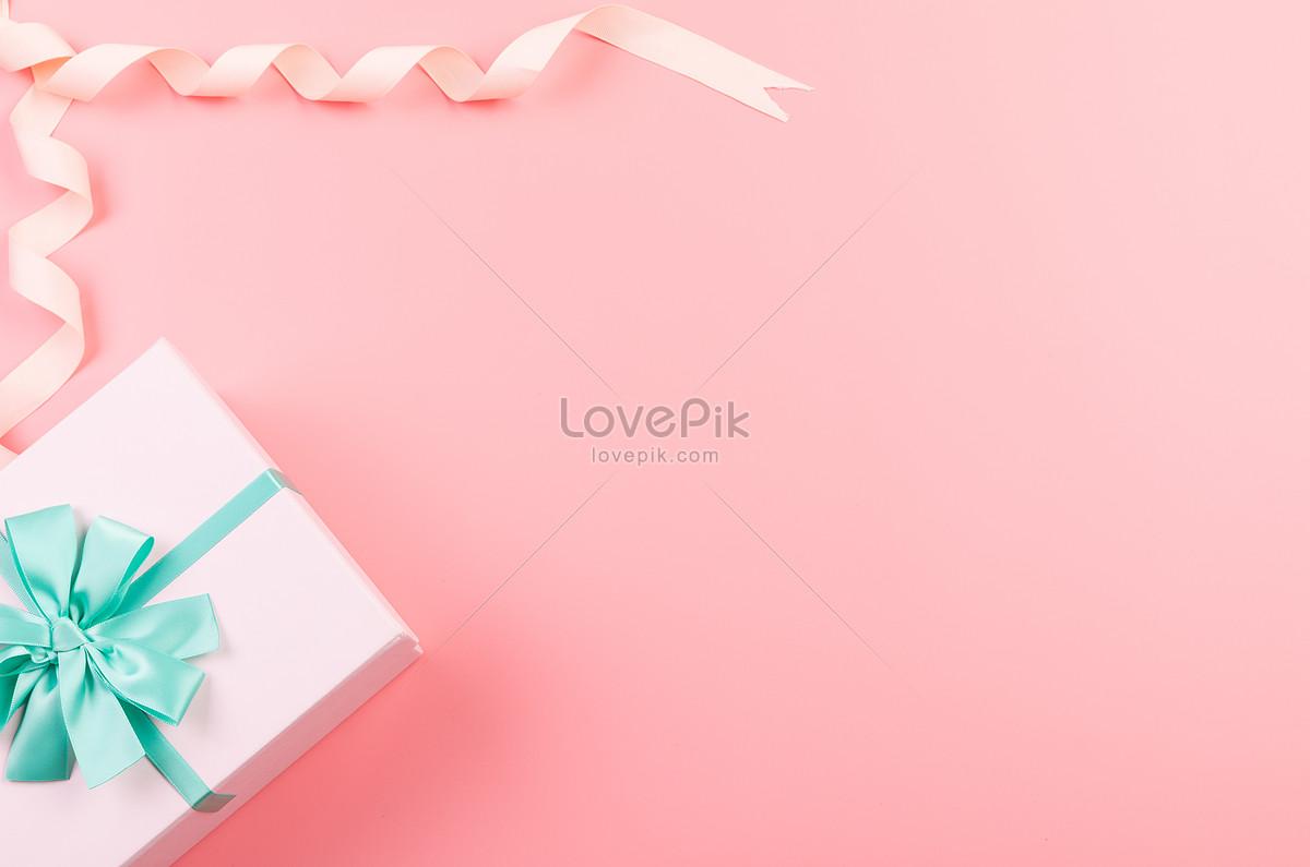 粉色礼物盒留白背景图片素材编号500826853_prf高清