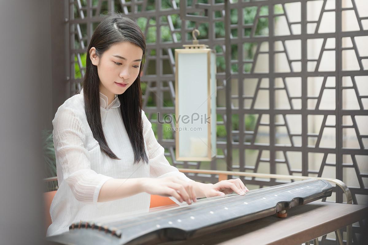 弹琴的美女禅意图片素材编号500961445_prf高清图片