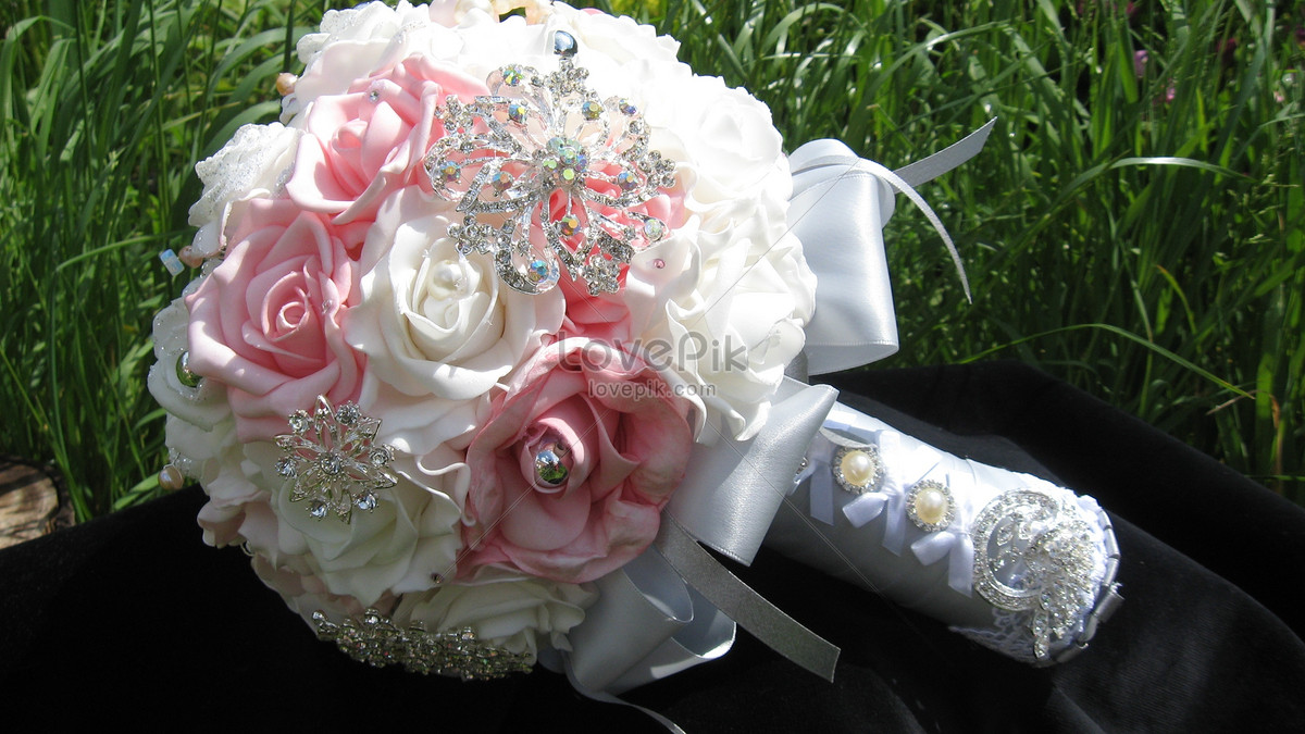 Brooch Flower Bouquet Photo Imagepicture Free Download