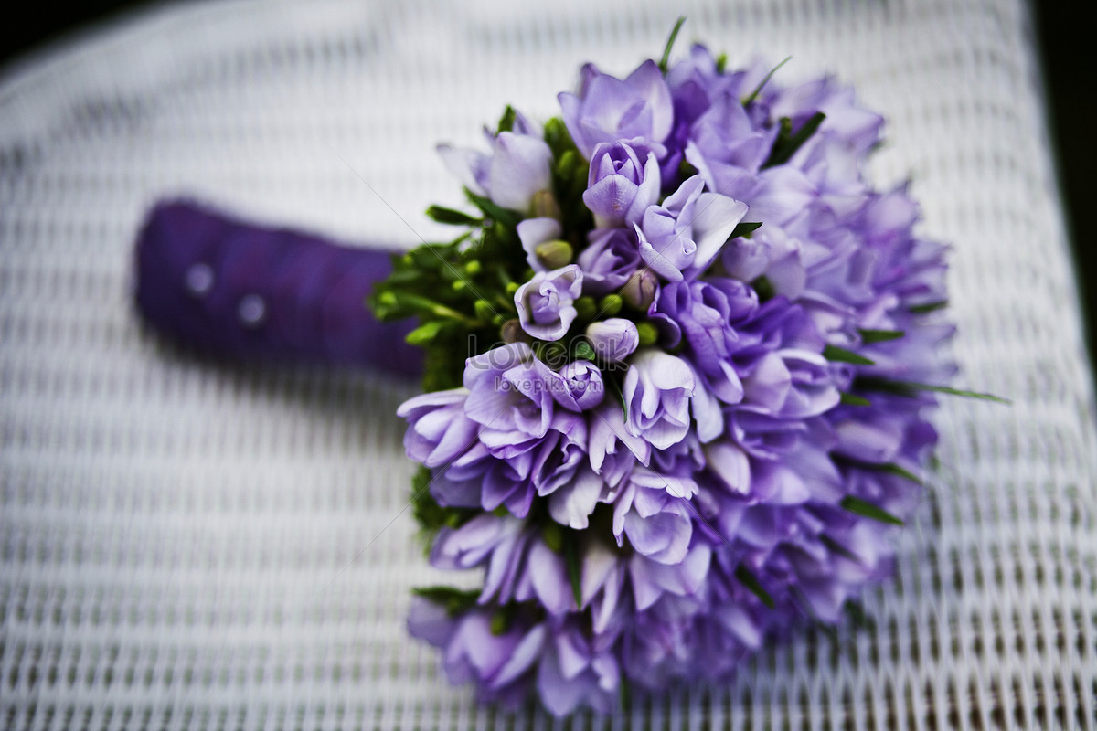 A Beautiful Purple Flower Bouquet Photo Imagepicture Free Download
