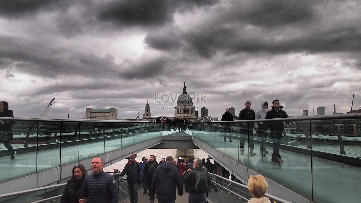 London Cầu Thiên Niên Kỷ