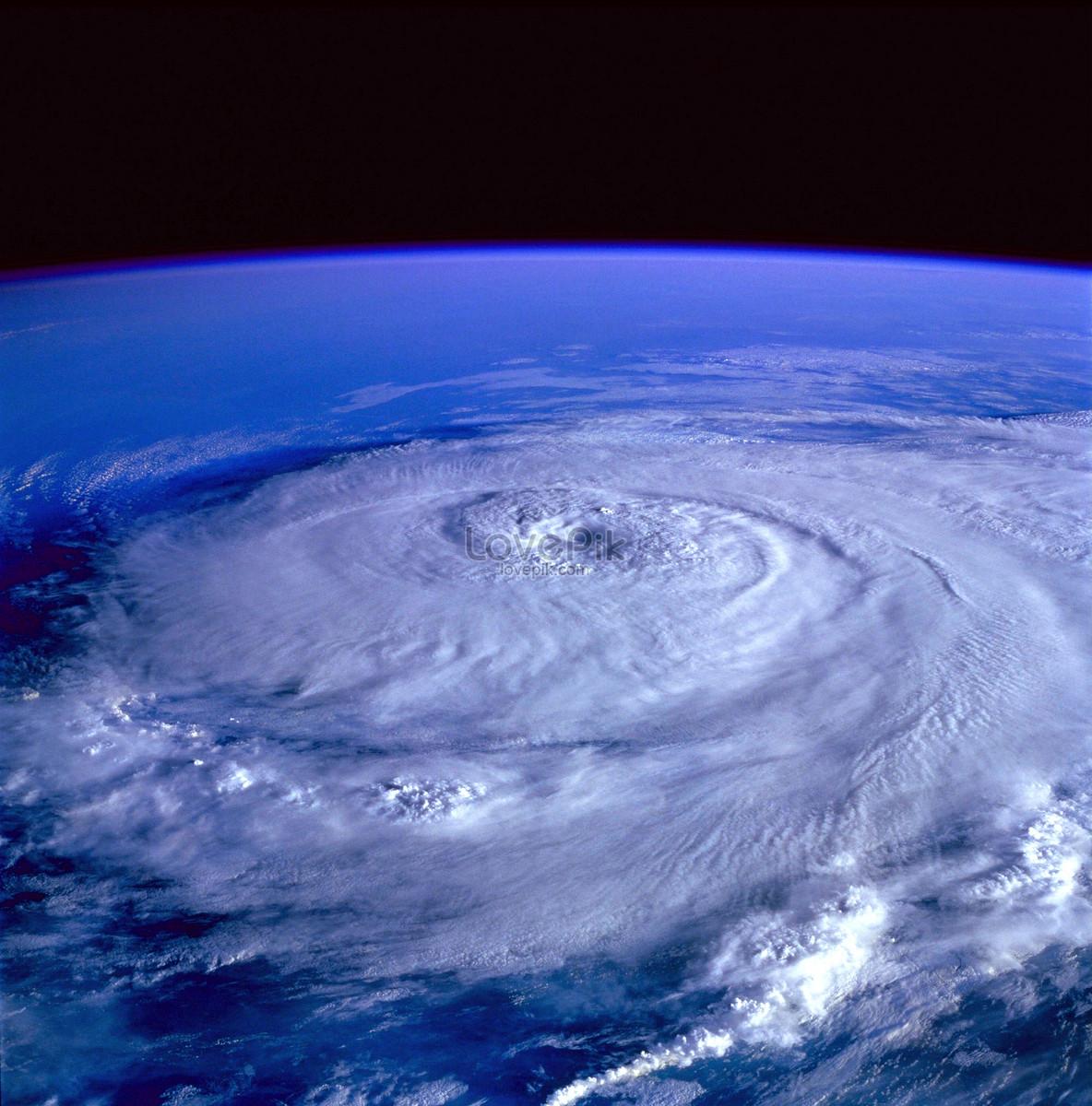 Imagen Satelital Que Muestra El Huracán De La Tierra Imagen