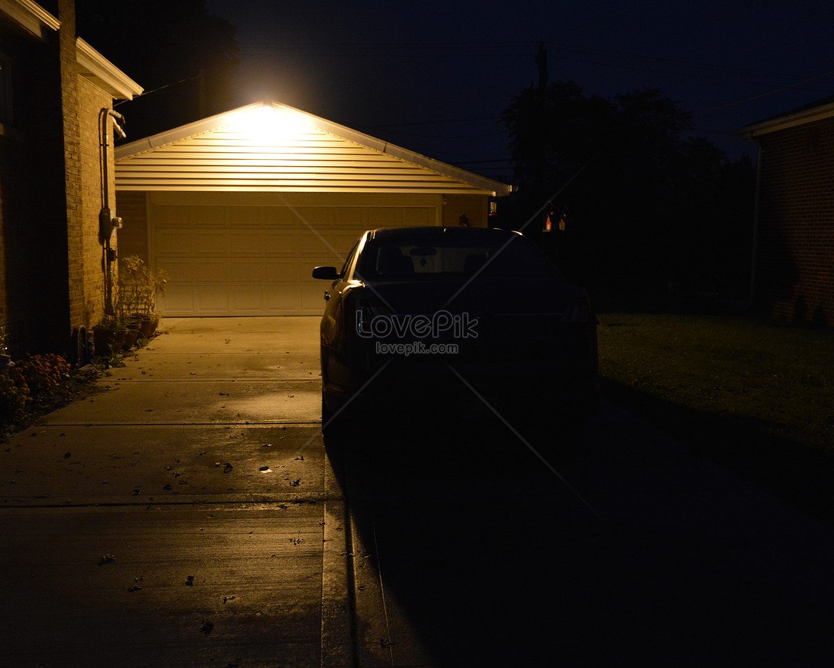 A Black Car At Night Photo Image Picture Free Download