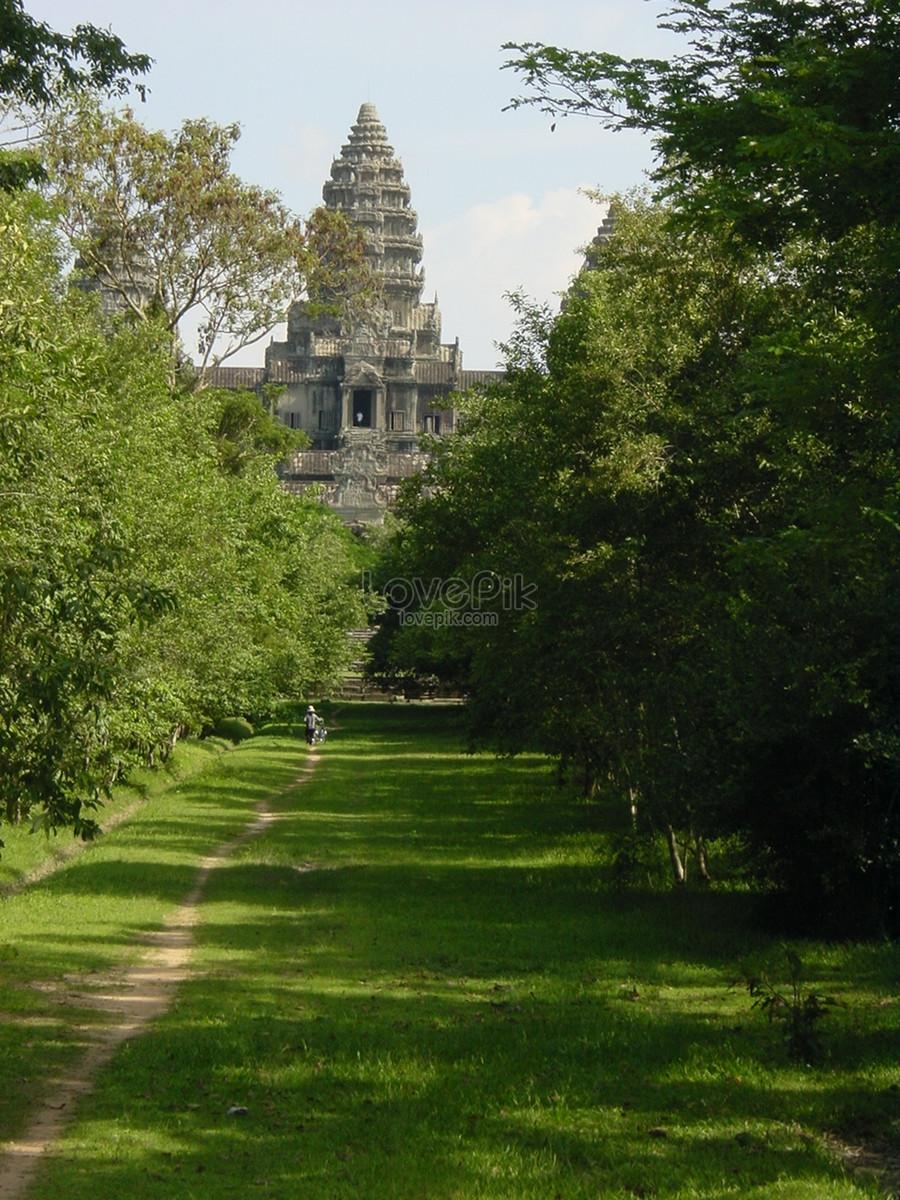 when was angkor wat built