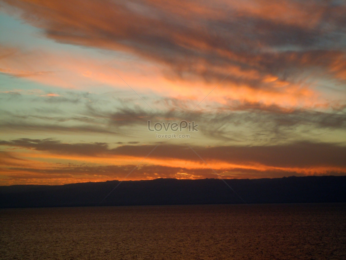 Pemandangan Laut Mati Pada Waktu Senja Gambar Unduh Gratisimej