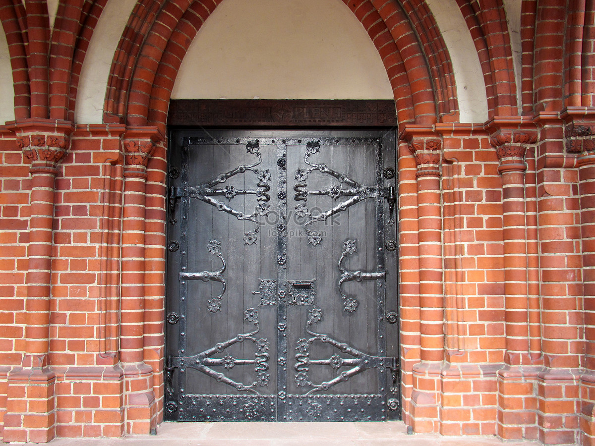 Decorate The Entrance To The Church Photo Image Picture Free