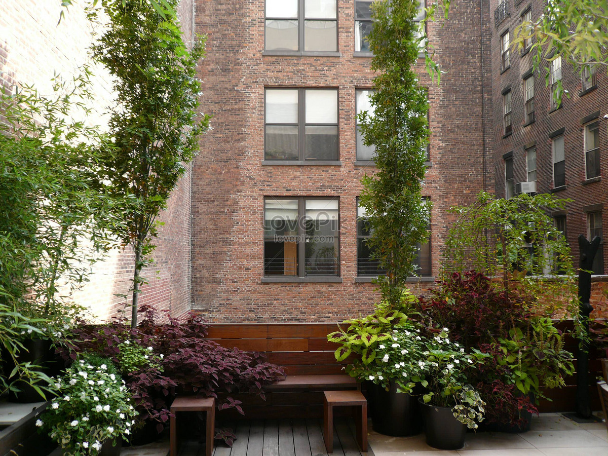 The tribeca terrace garden in new york, new york photo image_picture ...