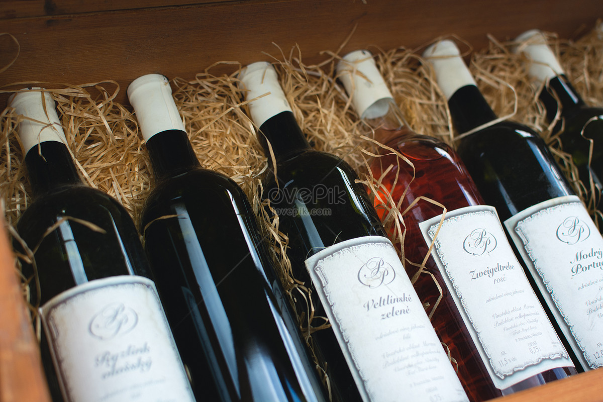 Put A Row Of Wine Bottles Photo Imagepicture Free Download