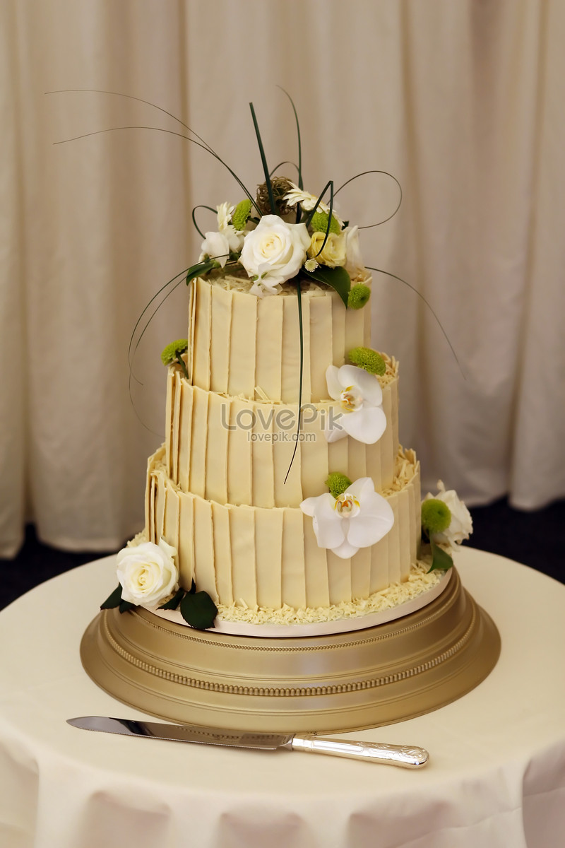 Flower wedding cake photo image_picture free download ...