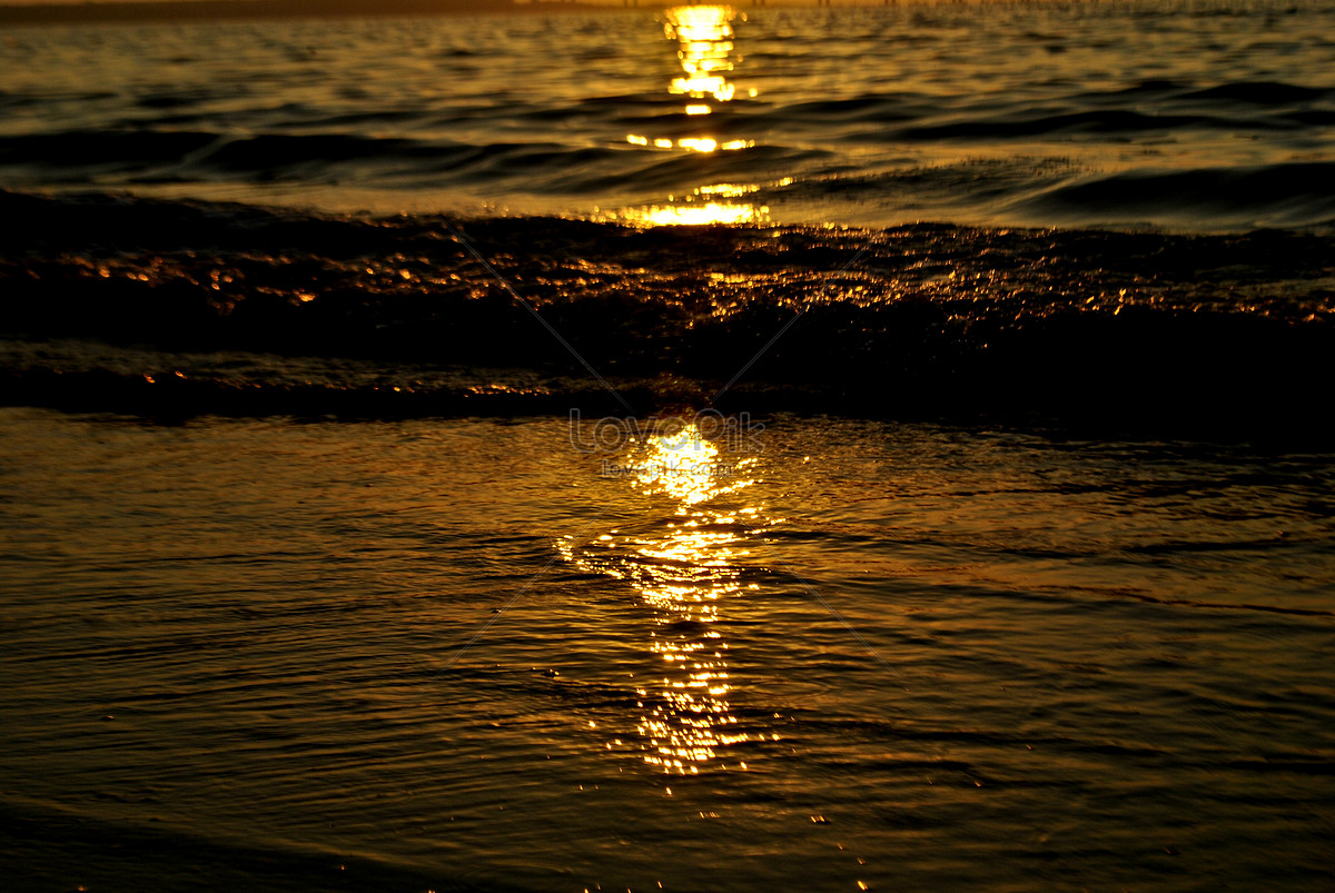 Resultado de imagen de imagenes de reflejos del sol sobre el mar