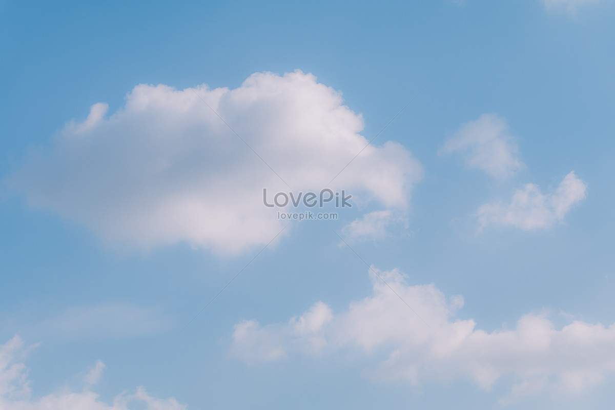 màu xanh bầu trời và đám mây trắng ánh nắng tự nhiên nền