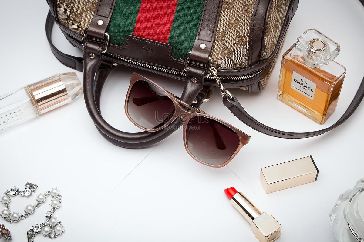 7b72a9eed7accc Photo de tir à lunettes Numéro de l image500147586 Format d image ...