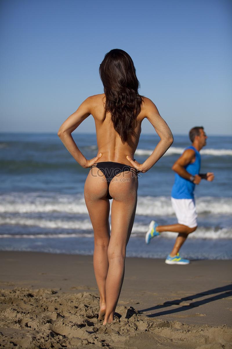 Will free beach bikini photographs commit
