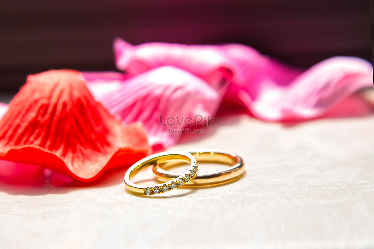 Marriage to ring wedding ring photo image_picture free download ...