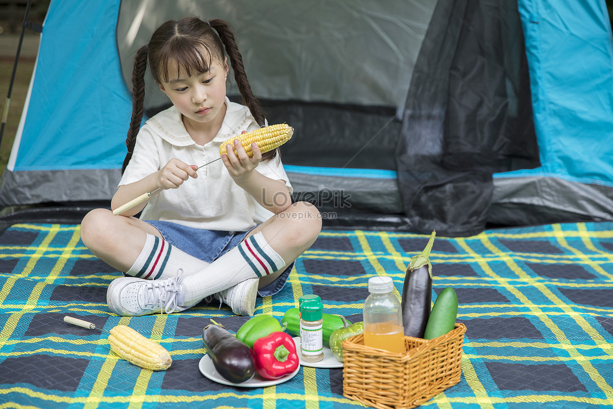 How to take a child: go on a picnic