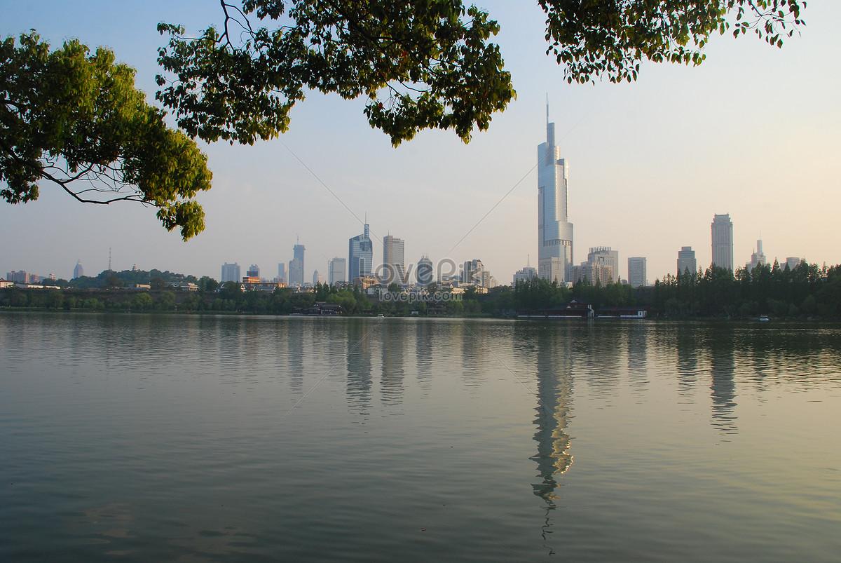 phong cảnh kiến trúc hồ xuanwu